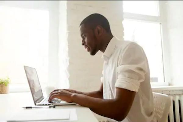 Assistant virtuel : comment trouver des clients?
